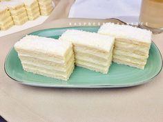 Biele rezy Vanilla Cake, Desserts, Food, Basket, Tailgate Desserts, Deserts, Eten, Postres, Dessert