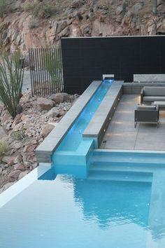 Modern Phoenix Pool Design Ideas, Pictures, Remodel & Decor