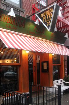people say it's THE best pizza! 235 Mulberry Street (Between Prince and Spring) 212 965 0500
