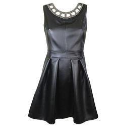 http://www.signific.pl/sukienka-rozkloszowana-zdobiona-eko-skora-id-1404.html