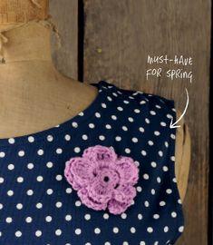 Cute 3D flower pattern UK terms, great for beginners #crochet