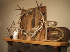 Antler wreath...oooooo..........and I have all materials to make