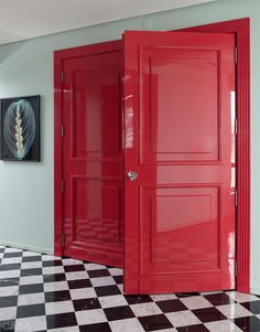 red lacquer doors!!