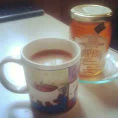 #té negro #chai con una #nube de #leche y #miel, que difícil es #cuidarse algunas veces!