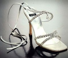 Worlds Most Expensive High Heel Shoes (5 Photos)