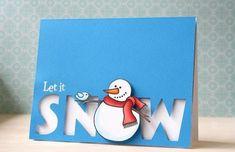 un bonhomme de neige blanc sur un fond bleu, carte de noel a faire soi meme