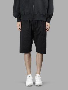 ISABEL BENENATO . #isabelbenenato #cloth #shorts