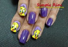 finger nail art of characters   Community » TWEETY BIRD NAIL DESIGN
