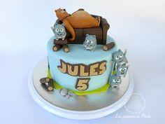 Fondant Cake Toppers, Fondant Figures, Cupcake Toppers, Mater Cake, Girl Birthday, Birthday Parties, Bithday Cake, Farm Cake, Family Birthdays