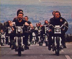 Sonny Barger riding with his gang the Hells Angels. Sonny Barger, Hells Angels, Biker Clubs, Motorcycle Clubs, Biker Movies, Angels Logo, Vintage Biker, My Life Style, Bike Design