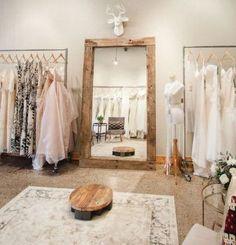 New Bridal Boutique Interior Decor Ideas Bridal Boutique Interior, Clothing Boutique Interior, Clothing Store Design, Fashion Store Design, Boutique Design, Boutique Decor, Boutique Ideas, Boutique Stores, Shop Interior Design