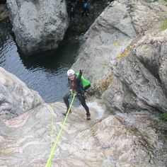 Foto in Sardegna: #gocanyoning #canyoning #sardiniaexperience #sardiniawildadventure #canyoneering #gairo #riosarcerei #susanna #truestory #feud #sardiniatrip #ropes #canyon - via http://ift.tt/1zN1qff