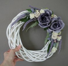 Wreath Crafts, Diy Wreath, Door Wreaths, Willow Wreath, Grapevine Wreath, Easter Wreaths, Christmas Wreaths, White Wreath, Summer Wreath