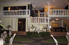 De Ark Guesthouse back at dusk – × by Marine Wildlife Affordable Bedding, Back Gardens, Bed And Breakfast, Ark, Interior And Exterior, Wildlife, Mansions, Luxury, House Styles