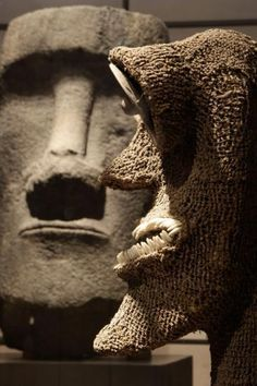 Quai Branly Museum  Moa from Easter Islands and figure from Hawai'i at the first ground