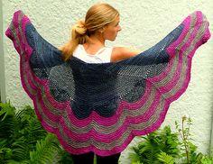 Ravelry: Betsey pattern by Amy Miller