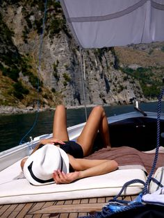 Girl deep in relaxation, sailing the blue ocean on a yacht. The Last Summer, Spring Summer, Summer Of Love, Summer Goals, Happy Summer, Summer Sun, Summer Beach, The Beach, Beach Bum