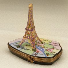 Limoges Eiffel tower with Paris metro map box