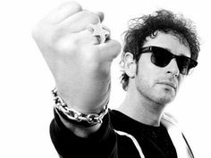 Soda Stereo, Music Is Life, My Music, Zeta Bosio, Perfect Love, My Love, Tag Image, Rock Legends, Music Bands