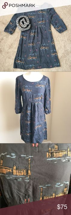 """Boden Women's Skater Tunic Dress London Print RARE Super cute Boden Dress. 3/4 length sleeves. Has a zip closure in the back. Rare. London landmarks, Big Ben, London guards. Great condition. Can wear as dress or with leggings, tights and boots in the Fall.   Measurements taken while laying flat:  15"""" Shoulder to shoulder 17 1/2"""" Chest 17"""" Sleeve 33"""" Length 15"""" Waist 20"""" Hips Boden Dresses"""