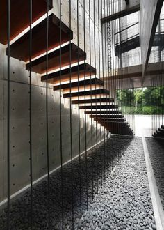 Ampera Six / Chrystalline Architect