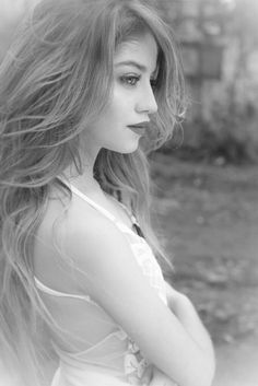 KAROL SEVILLA Disney Channel, Dream Photography, Girl Photography Poses, Cisneros, Galaxy Hair, Argentine, Sofia Carson, Beautiful Girl Image, Son Luna