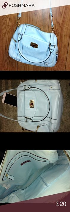 New Mint green crossbody bag Brand new without tags never been used. It's just been sitting in my closet it's a spacious bags. Merona Bags Crossbody Bags