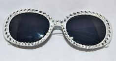 Love the frames on these!  www.vavavette.com