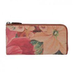 Hochwertig, stylisch, praktisch... so präsentiert sich das große Portemonnaie mit hübschem Blumenmuster vom Berliner Newcomer-Label ZOOKIE.