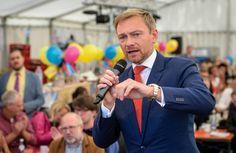News:  http://ift.tt/2vSdh6J Programm der FDP: Warum uns mit Merkels Praktikant die Krise droht #nachricht