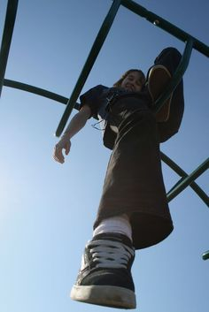 Foreshortening in the playground- This would be a fun image for a drawing... Have the kids take pictures like these Playground Photography, Perspective Photography, School Photography, Photography Business, Photography Office, Cake Photography, Photography Magazine, Iphone Photography, Beauty Photography