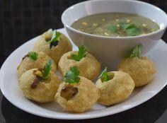 fabulous friday: Paani Poori Or Gol Gappe