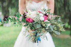Natürlicher Brautstrauß Wiesenstrauß Eucalyptus Aprikot, Mint Rosa Hochzeit Gartenhochzeit Scheunenhochzeit Marburg