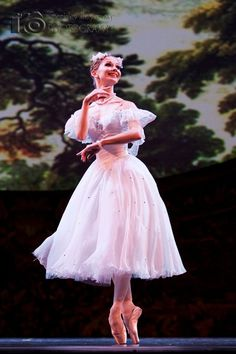 Evgenia Obraztsova performing Giselle at the 2010 Dance Open Ballet Festival « Dance. Passion. Life.
