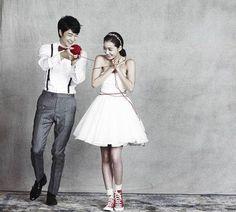 A Guide to Good Wedding Photography Pre Wedding Photoshoot, Wedding Shoot, Wedding Photography Poses, Wedding Portraits, Korean Wedding, We Get Married, Gown Photos, Wedding Company, Star Wedding