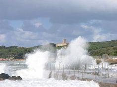 Waves on the port of Castiglioncello