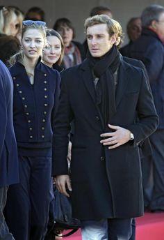 Carlos Felipe de Suecia y Pierre Casiraghi: los novios más guapos de la realeza - Foto 6