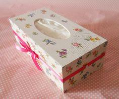 Coelhinhos e Ternuras: Mais uma caixa para lenços