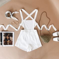 If it ties in the back Girly Outfits, Simple Outfits, Stylish Outfits, Summer Outfits, Cute Outfits, All Black Outfits For Women, Clothes For Women, Cute Fashion, Fashion Outfits