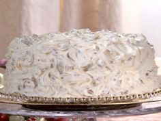 Get Italian Wedding Cake Recipe from Food Network cake decorating recipes kuchen kindergeburtstag cakes ideas Italian Wedding Cakes, Italian Cream Cakes, Italian Party, Italian Cake, Italian Desserts, Italian Recipes, Just Desserts, Delicious Desserts, Homemade Desserts
