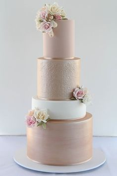 Cake by Creative Cakes by Julie - Hochzeit - Wedding Cakes Creative Wedding Cakes, Elegant Wedding Cakes, Beautiful Wedding Cakes, Creative Cakes, Cake Wedding, Elegant Cakes, Beautiful Cakes, Beautiful Flowers, Wedding Cake Decorations
