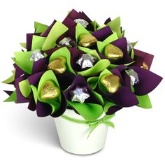 Chocolate Surprise Chocolate Stars, Chocolate Flowers, Chocolate Bouquet, Tin Gifts, Beautiful Islands, Gift Baskets, Christmas Holidays, Bouquets, Celebration