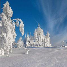 Russia photo by Vladimir Chuprikov