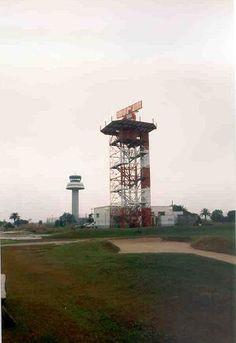 radar i una de les antigues torres, on és la Terminal gran