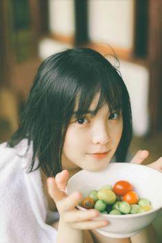 Japanese Photography, Cute Japanese Girl, Girl Short Hair, Belleza Natural, Aesthetic Girl, Portrait Inspiration, Cute Faces, Ulzzang Girl, Girl Photography