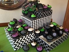 Grave Digger Cupcakes: Gallery - Tammy Lou Cakes