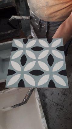 Les Meilleures Images Du Tableau Atelier Carreaux De Ciment BAHYA - Carrelage salle de bain et tapis 200x250
