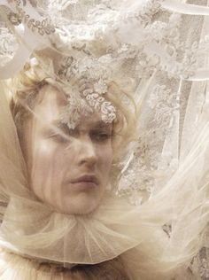 Raquel Zimmermann for Alexander McQueen Autumn/Winter 2006