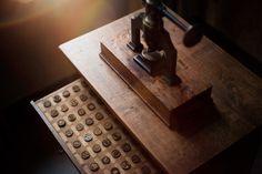 Marking corks #PerrierJouet #custommade #heritage