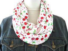 Handmade with Love by Stephanie on Etsy (Je T'aime fabric necklace red white black)